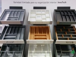 Showroom Hettich Cajones